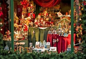 Holiday Decorations_Featured on www.blog.MarketResearch.com