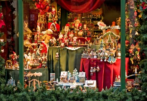 5 Steps to Achieving Sales Success with Seasonal Merchandise
