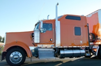 The Global Trucking Industry and the Role of Artificial Intelligence