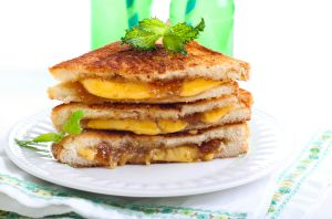 Sweet and Savory Sandwich_featured on blog.marketresearch.com